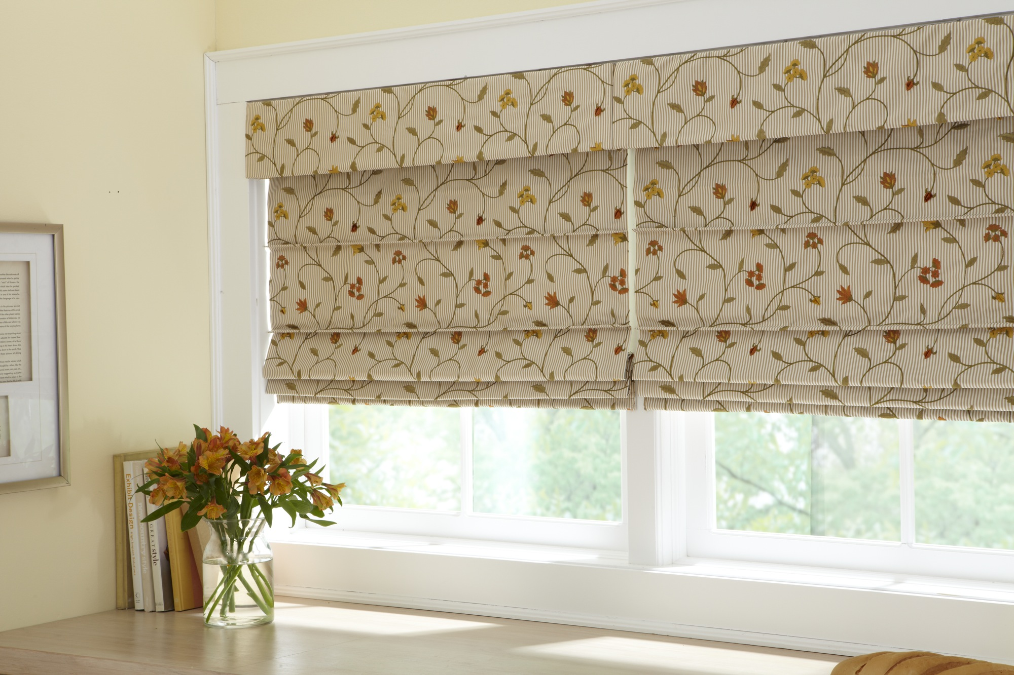 Bay way blinds and draperies a leader in window coverings for Fabric shades for kitchen windows